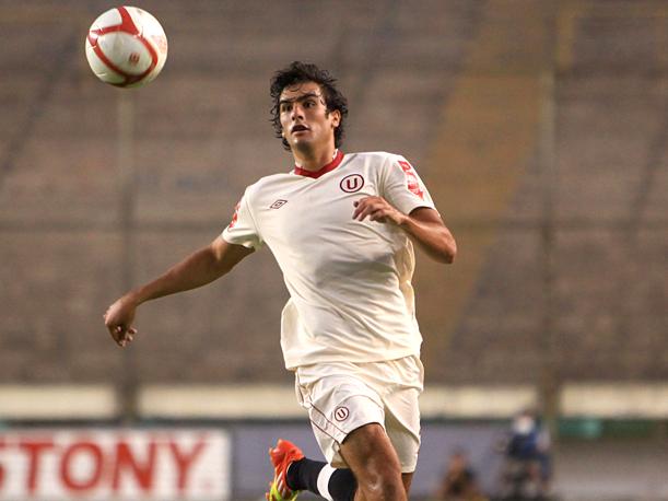 Álvaro Ampuero fue vendido al Parma
