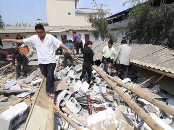 Dos muertos y unos 100 heridos deja sismo de 5,7 grados de magnitud en China
