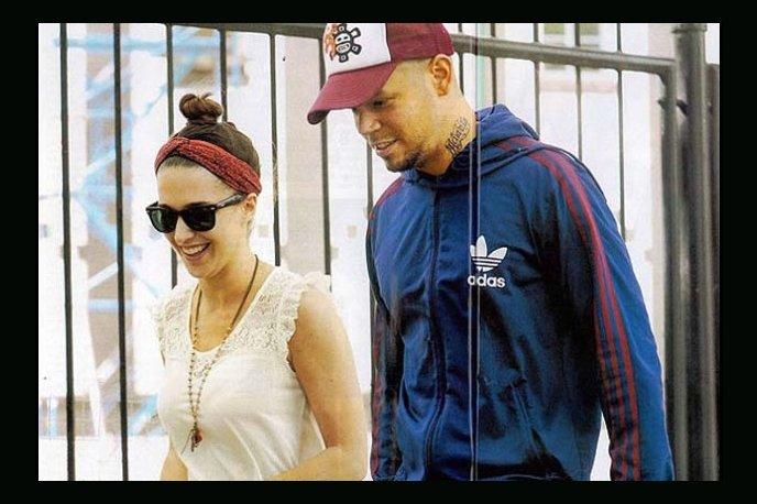 René Pérez de Calle 13 se casó en secreto con actriz argentina