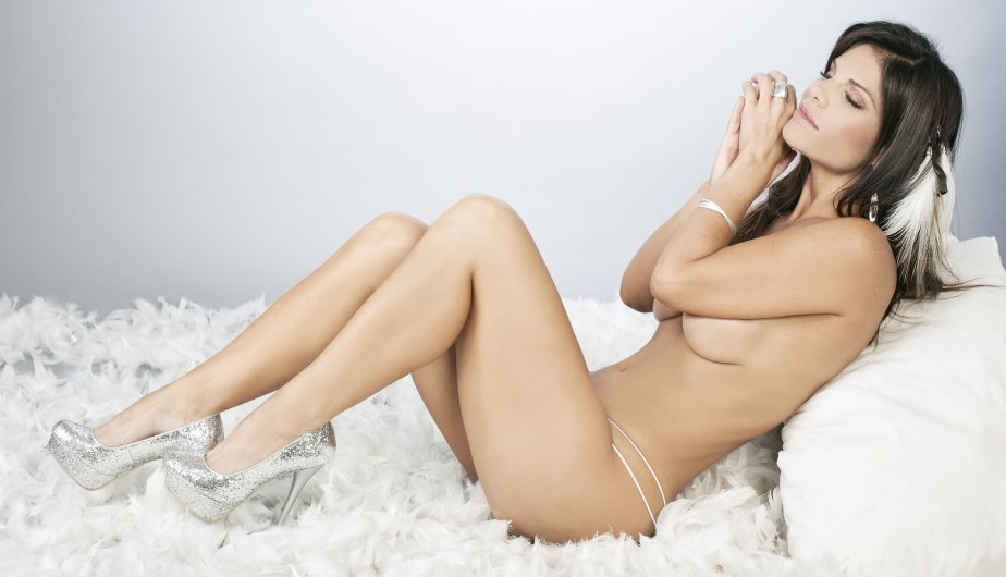 Fotos desnudas de candice michelle en la revista playboy